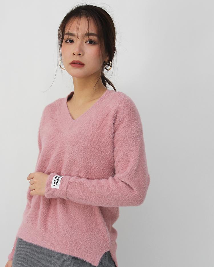 v-neck knit